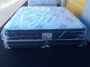 Brand new California king size set pillowtop mattress included box spring free delivery for Sale in Chandler, AZ