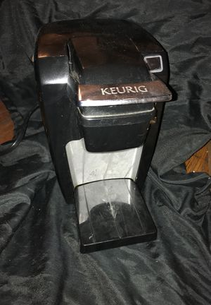 Keurig single serve coffee maker for Sale in Philadelphia, PA