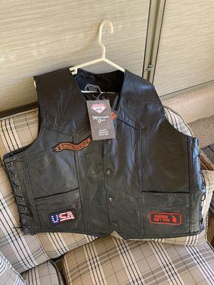 Motorcycle Gear Jacket Large & Vest Extra Large for Sale in Phoenix, AZ