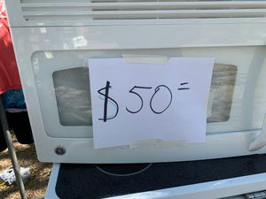 GE STOVE AND MICROWAVE for Sale in Irving, TX