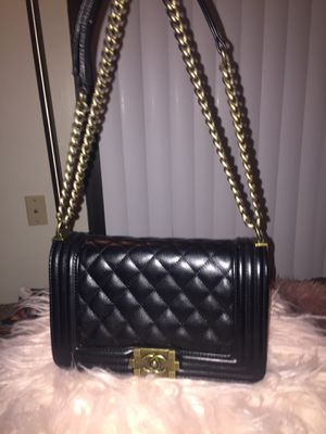 Chanel Bags Made In Italy Fall17 Collection %100 Real for Sale in Florissant, MO