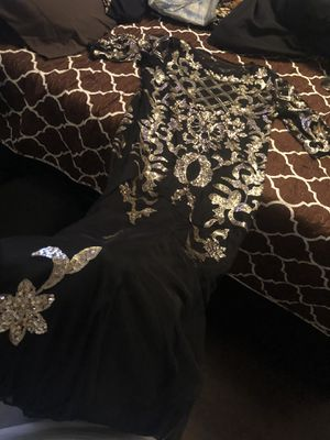 Gold and Black wedding reception dress for sale for Sale in Kyle, TX
