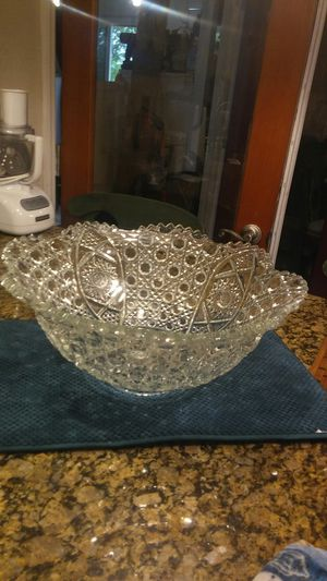 Crystal punch bowl for Sale in Port St. Lucie, FL