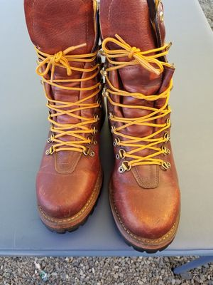 Herman survivor boots in very good condition size 9 for Sale in Snohomish, WA