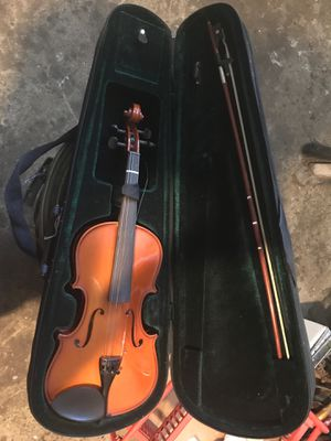 Violin with case for sale for Sale in Edison, NJ