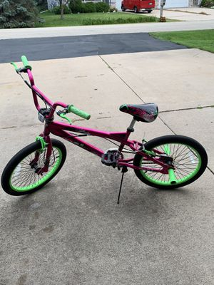 """Bicycle with Rear Pegs (20"""" Wheels) for Sale in Appleton, WI"""