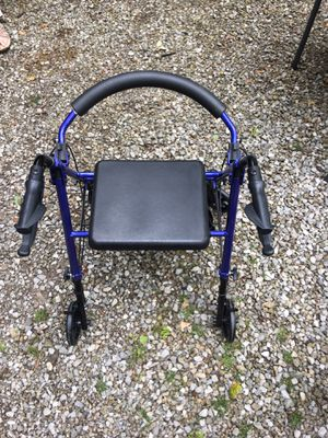 Walker Chair for Senior for Sale in Pataskala, OH