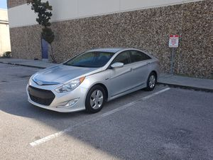 2012 Hyundai sonata hybrid for Sale in Orlando, FL