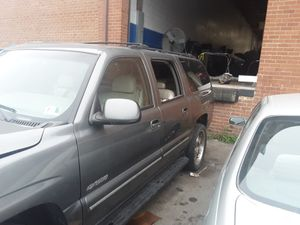 2001 chevy suburban for parts for Sale in Manassas Park, VA