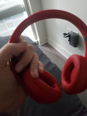 Beats by Dre Studio 3 Wireless Headphones for Sale in Chicago, IL