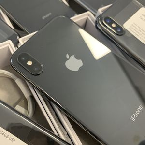 iPhone X 256GB Unlocked in Excellent Condition # LIKE NEW# NOT REFURBISHED # NEVER BEEN FIXED BEFORE # Fully Tested, Fully Functional. for Sale in Haddon Heights, NJ