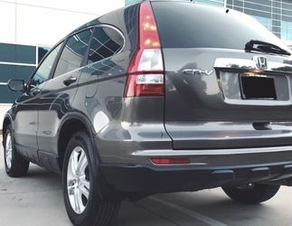 2010 Honda CRV Nice and Clean for Sale in Bellevue,  WA