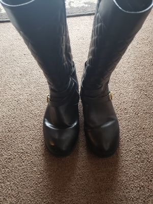 Girls Michael koors boots.. MAKE AN OFFER for Sale in Huntington Park, CA