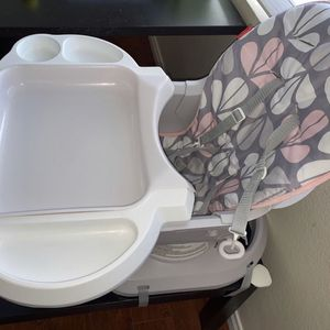$20 for baby seat baby chair for Sale in Las Vegas, NV