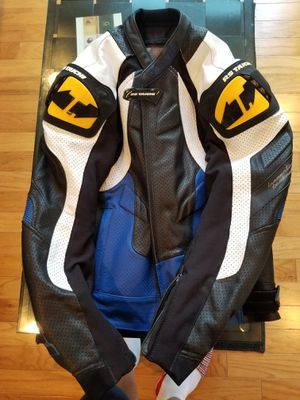 RS Taichi two piece motorcycle gears, gloves, back protector for Sale in Franklin Township, NJ