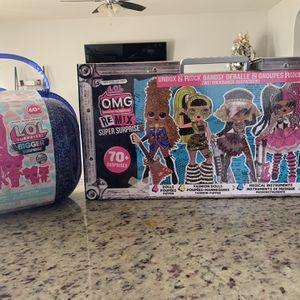 LOL Surprise OMG Remix Super Surprise 70 + Surprises 4 Fashion Dolls & 4 Sisters Winter Disco Bigger Surprise includes O.M.G. Fashion Doll for Sale in Bakersfield, CA