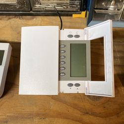 Thermostats for electric heat for Sale in Parkland,  WA