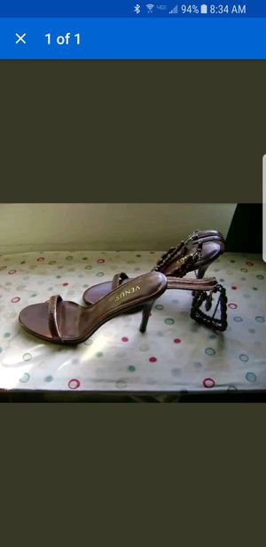 Sexy brown beaded heels size 8 for Sale in Superior Charter Township, MI