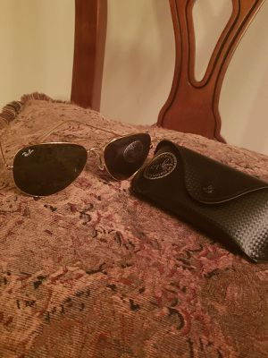 Rayban aviators (not free) for Sale in Gaithersburg, MD