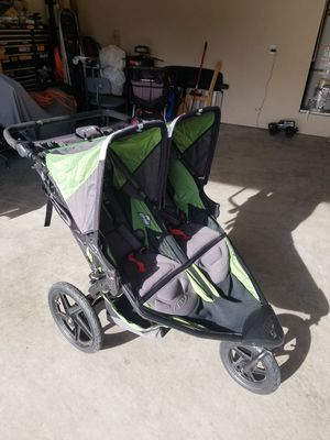B.O.B. Revolution double stroller jogger for Sale in Lake Tapps, WA