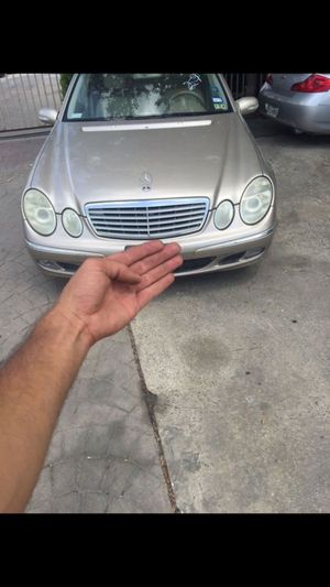 2003 2006 Mercedes e320 for parts for Sale in Plano, TX