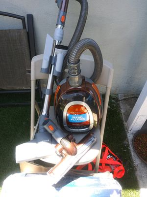 Got you a Bissell hardwood floor vacuum and polisher for Sale in Moreno Valley, CA