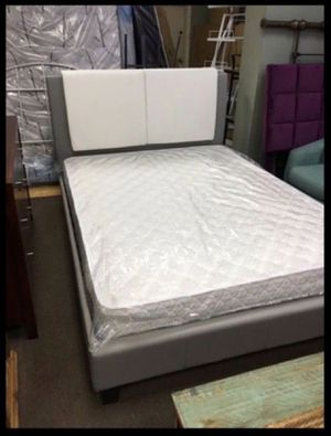 Queen Bed Frame and Mattress for Sale in Glendale, AZ