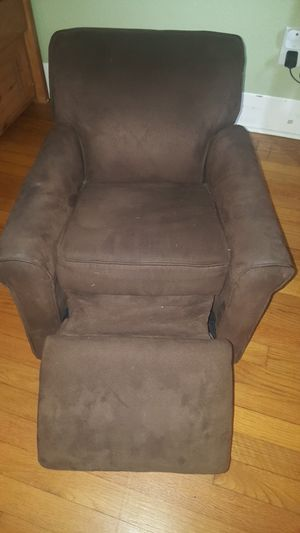 2 children's brown suade recliner chairs for Sale in West Palm Beach, FL