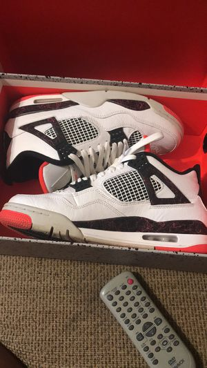 Pale Citron (2019) Jordan retro 4s for Sale in Alexandria, LA