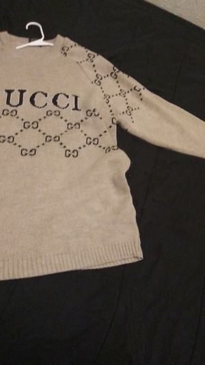 Gucci sweater long sleeve xxxl can be worn as reg sweater or sweater dress! Best offer! for Sale in Cleveland, OH