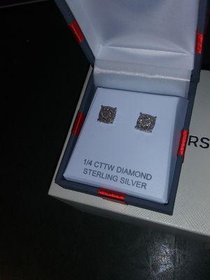 2 1/4 CT diamond earrings for Sale in Kent, OH