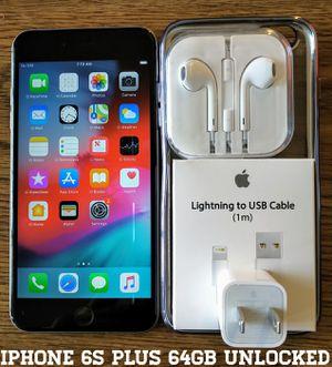 Iphone 6S Plus 64GB UNLOCKED + Accessories for Sale in Alexandria, VA