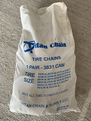Oversized tire chains V-Bar link for Sale in Bonney Lake, WA