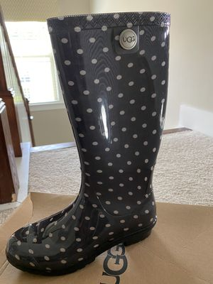 UGG women Rain Boots Polka dots Grey size 6 for Sale in Twinsburg, OH
