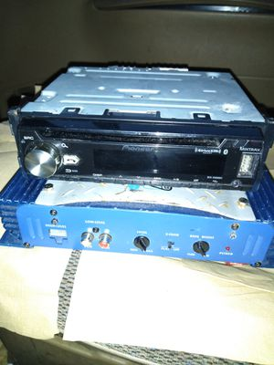 Pioneer Single Dinn Car Stereo/Jensen Amp for Sale in Tacoma, WA