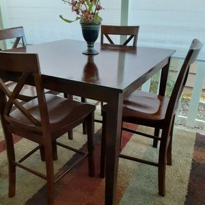 High table And 4 Chairs for Sale in Artesia, CA