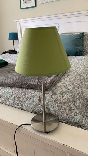 Small lamp with green lamp shade for Sale in Snohomish, WA