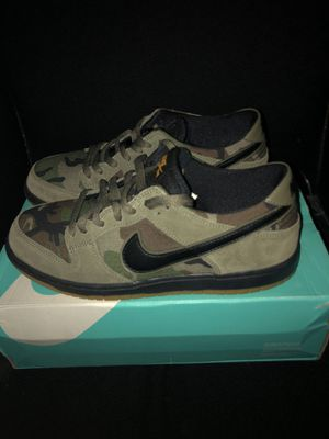 Nike Sb Dunk Low Camo Size 9 for Sale in Long Beach, CA
