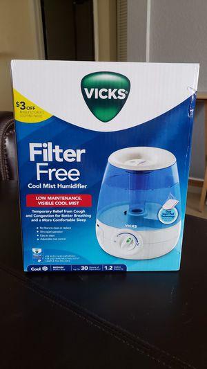 VICKS Cool Mist humidifier for Sale in Miami, FL