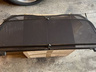 Wind deflector 2000-2006 for Sale in Chicago,  IL