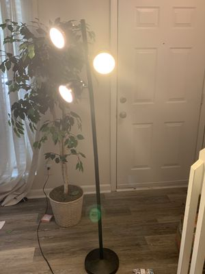 Floor lamp for Sale in Chapel Hill, NC