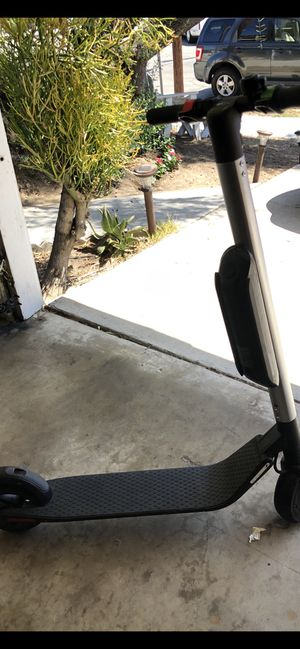 ELECTRIC SCOOTER 🔥🛴🔥 SEGWAY ES3 ... used ... doesn't fold.... firm price.... for Sale in Cypress, CA