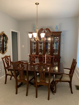 Mahogany Dining Set- Table, 8 Chairs, Lighted China Cabinet, Buffet Server for Sale in Warrenton, VA