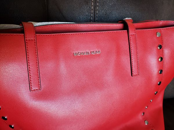 725b5ded914612 Michael Kors bag for Sale in San Jose, CA - OfferUp