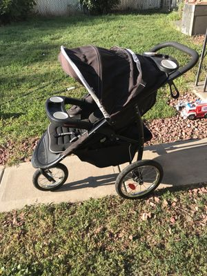 Graco stroller for Sale in Englewood, CO