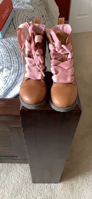 Girls preschool brown boots, size 12 for Sale in Greenville, SC
