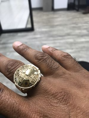10k yellow gold ring for Sale in Lithia, FL