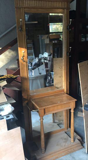 Entry Way Mirror for Sale in Cranston, RI