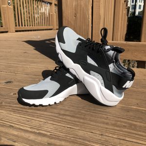 Nike Huaraches for Sale in Orlando, FL