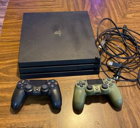 Ps4 Pro 1tb Console Black for Sale in Cleveland,  OH